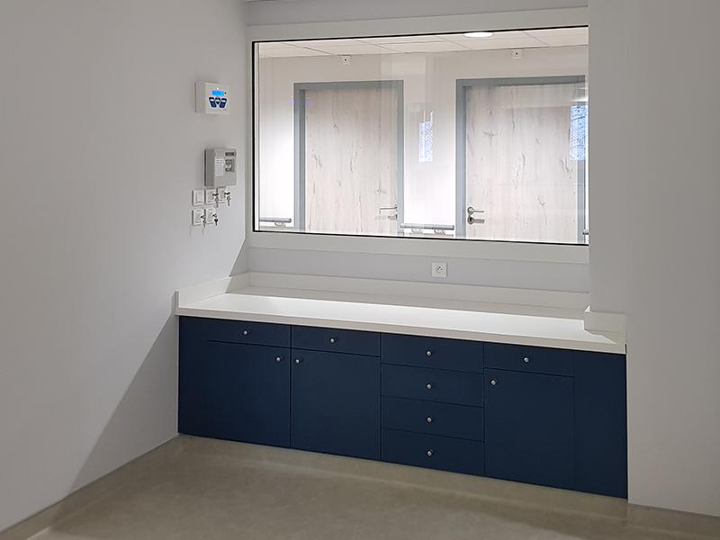 Agencement d'un centre de dialyse à Pontalier, département du Doubs