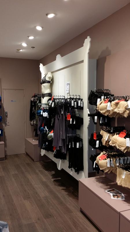 Création d'un décor sur-mesure et personnalisé pour une boutique de lingerie