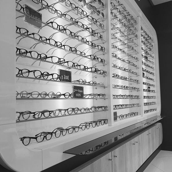 agencement vitrine opticien