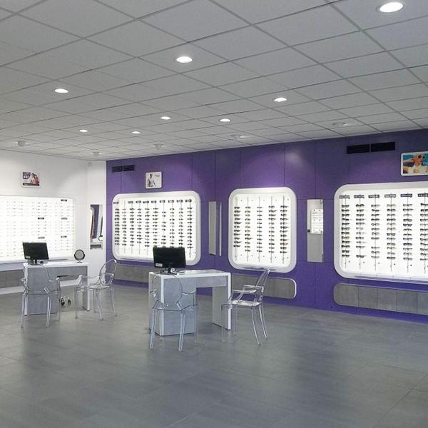 Agencement d'un magasin d'optique à Lunel