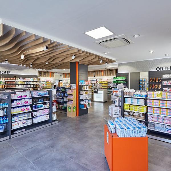 Agencement d'une pharmacie à Hérouville-Saint-Clair