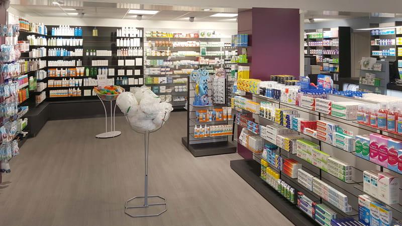 Aménagement d'une pharmacie à May-sur-Orne, optimisation de la surface de vente