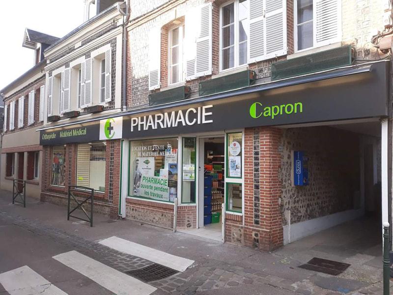 Agencement d'une pharmacie à Yport