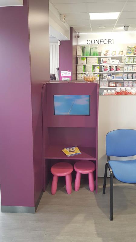 Le Havre : aménagement d'un espace enfants dans une pharmacie