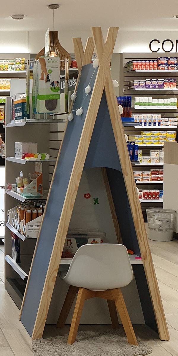 Création d'un espace enfants tipi pour une pharmacie