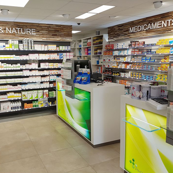 Extension d'une pharmacie à Merville-Franceville