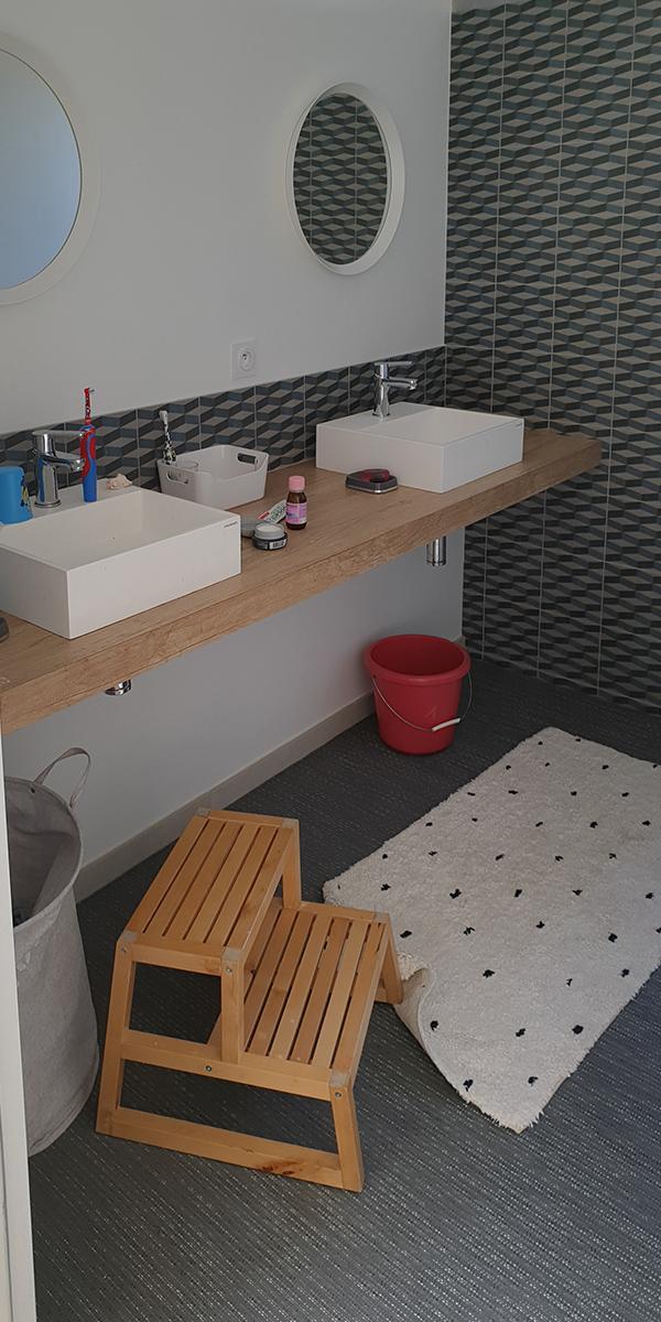 Création et fabrication d'un mobilier sur-mesure pour une salle de bains