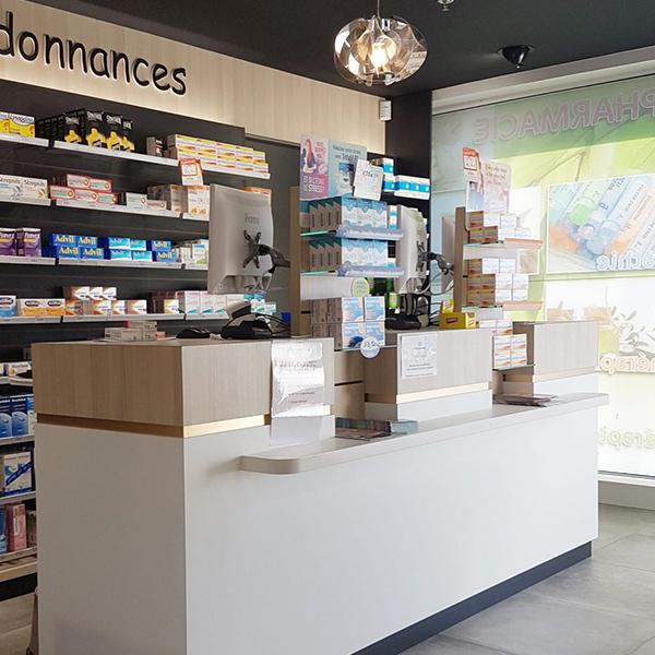 Aménagement d'une pharmacie à Fontenay-le-Comte