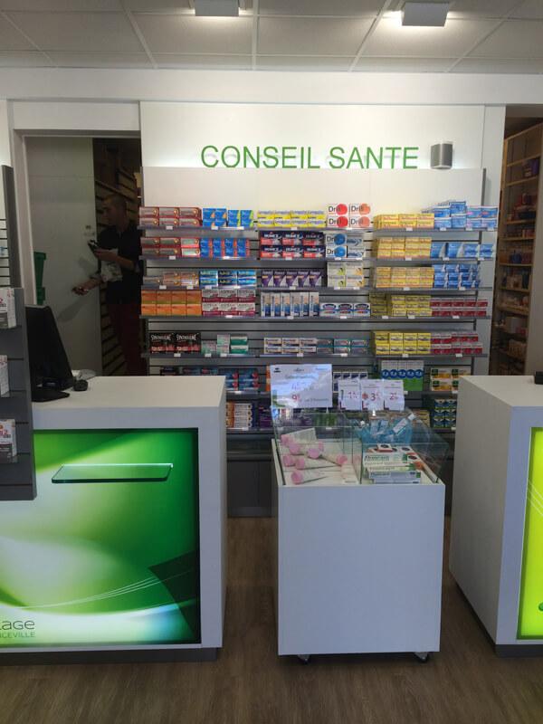 Escpace conseil santé à la pharmacie de Merville-Franceville