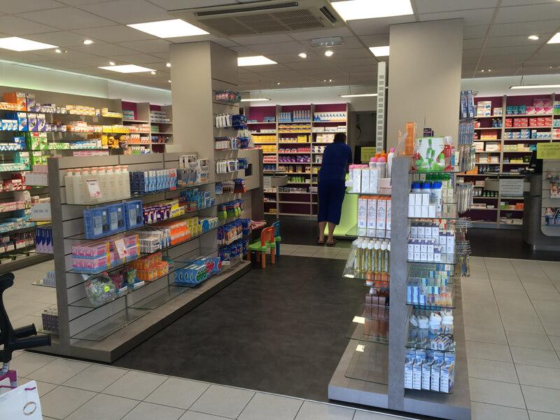 Relamping et climatisation d'une pharmacie à Merville-Franceville