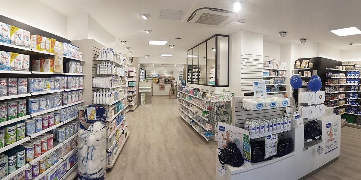 Rayonnage de pharmacie à Bernay.