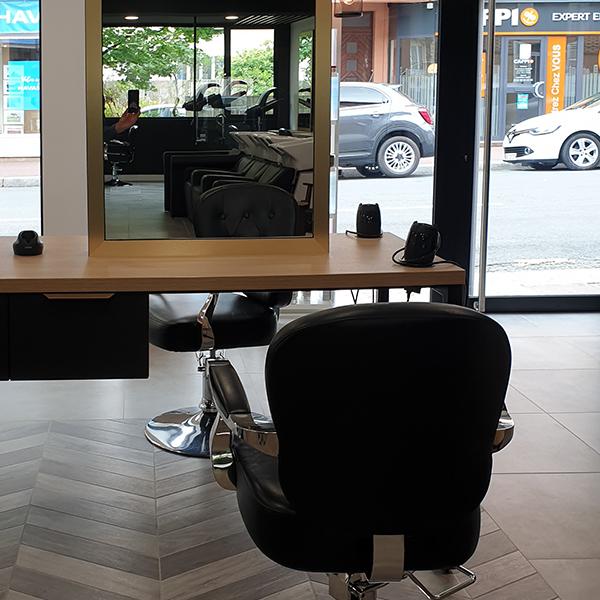 Réhabilitation d'un salon de coiffure à Saint-Lô
